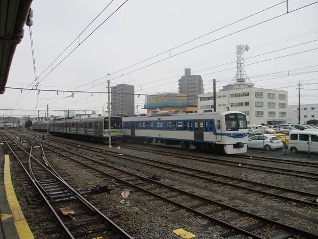 037-042