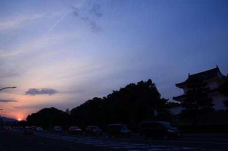 二条城と夕日