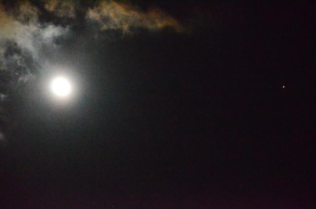 Photos: 月と火星