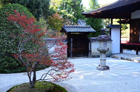 霊明殿庭園