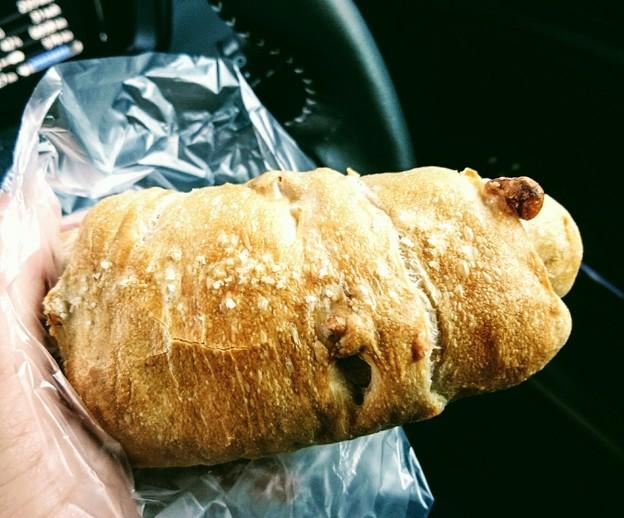 サミット 塩くるみパン