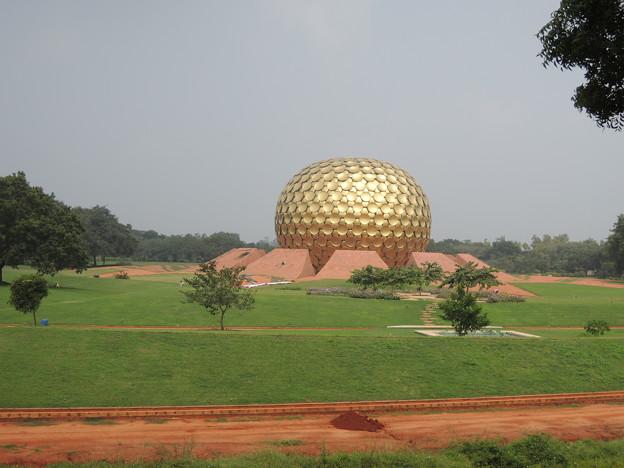 瞑想のドーム
