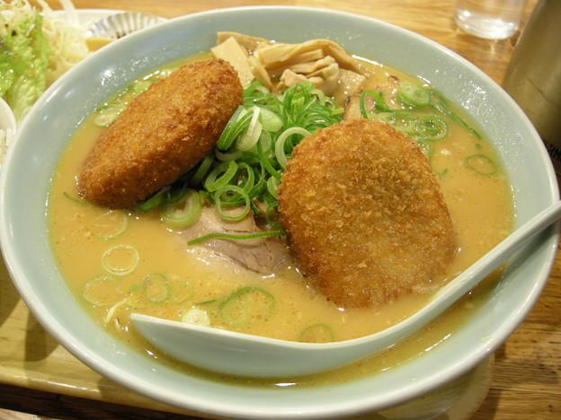 ラーメン日本一 コロッケ麺