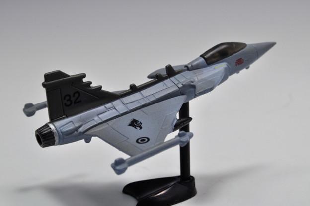 フルタ_チョコエッグ 世界の戦闘機 第1弾 サーブJAS38グリベン_009