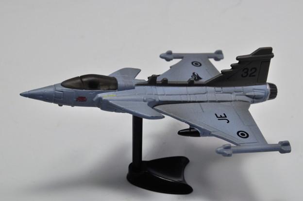 フルタ_チョコエッグ 世界の戦闘機 第1弾 サーブJAS38グリベン_003
