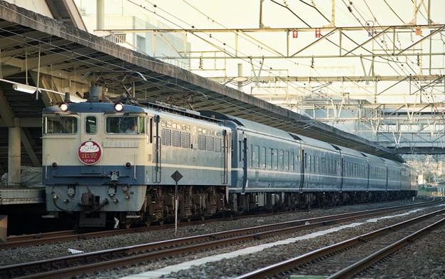 EF65-1118 寝台特急「出雲2号」 大船駅