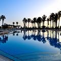 Photos: リゾートホテルのプールサイド
