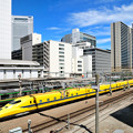Photos: 黄色が通過
