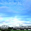 写真: トラス橋を渡って