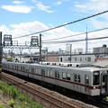 写真: 東武10030型電車