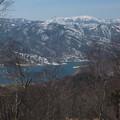 野反湖と岩菅山遠望