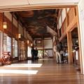 Photos: 本堂内