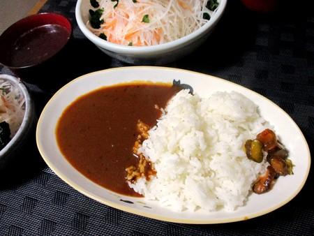 カレーライス&大根サラダ