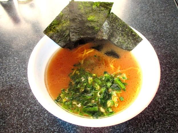 日清麺NIPPON 横浜家系とんこつ醤油ラーメ