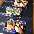 夕飯は出来合いのお寿司