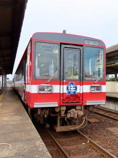 鹿島臨海鉄道6000形(ガールズ&パンツァーラッピング)
