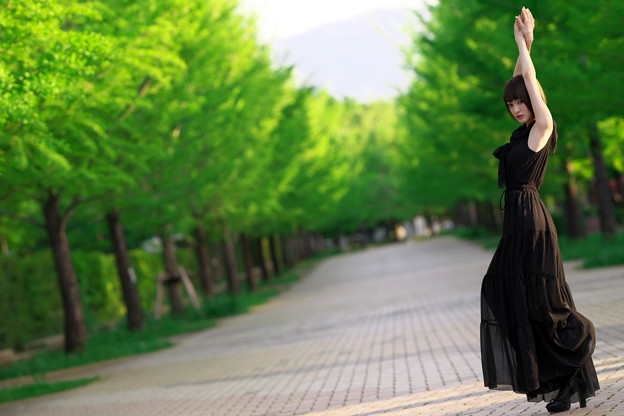 写真: Beautiful Green&Black