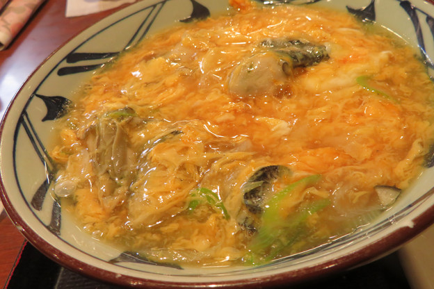 Photos: 牡蠣づくし玉子あんかけうどん。