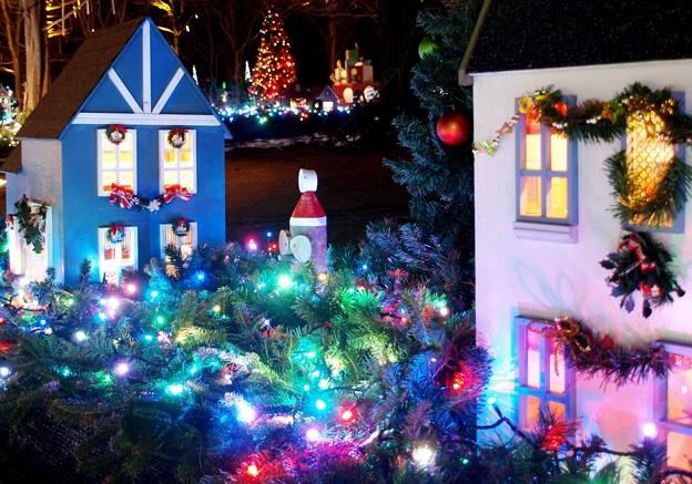 小さな町は光のクリスマス。