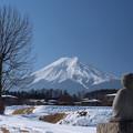 Photos: 節分にも富士山見ている像。