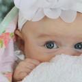 Photos: Cute blue eyes♪