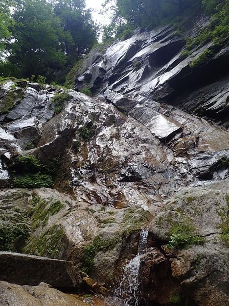 スラブ滝 15m