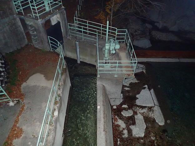 矢沢取水堰堤