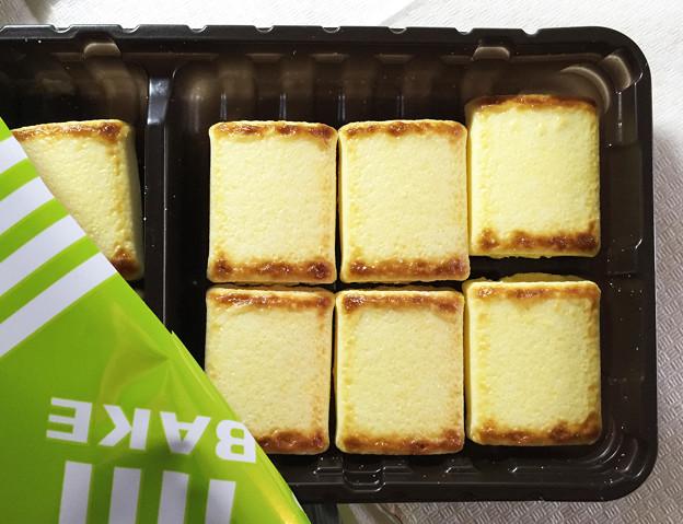 20151114-01『森永』のチョコ菓子「ベイク クリーミーチーズ」02