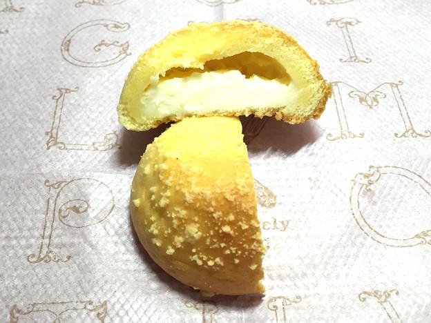 『もりもと』の1g1.5円「量り売りパン 桜ごまもっち他」06