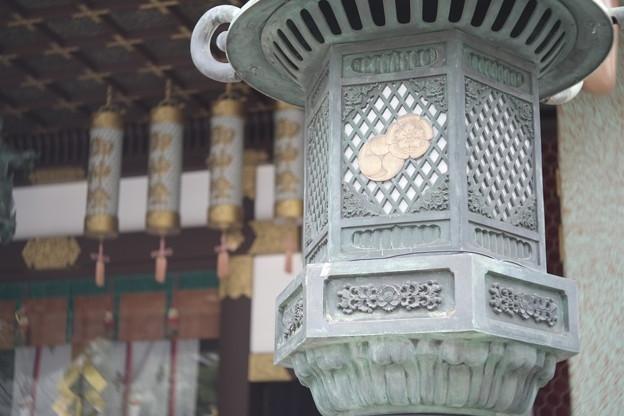 難波八坂神社の灯篭