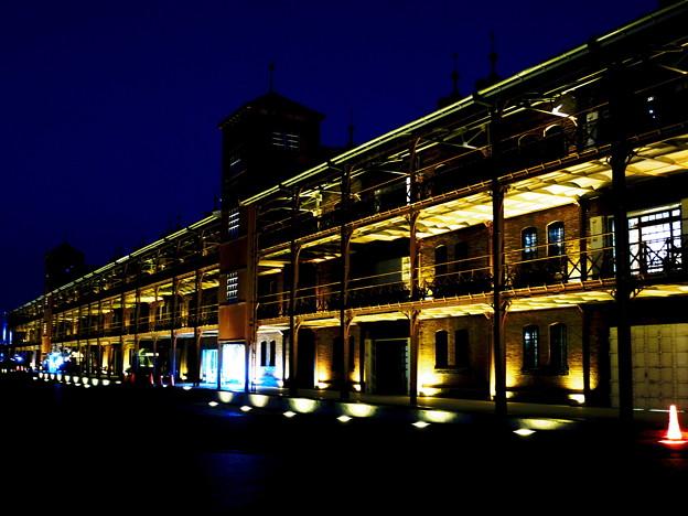夜の赤レンガ倉庫