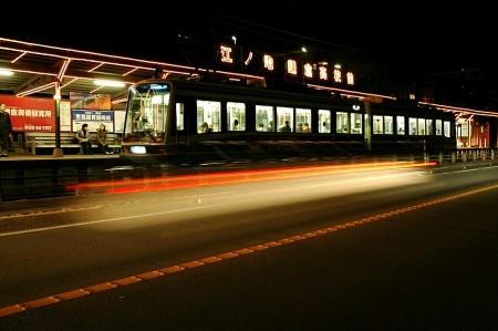 鎌倉高校前駅電車