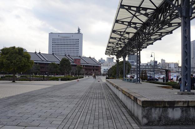2月28日、汽車道の終点-横浜港駅旅客ホーム(復元)