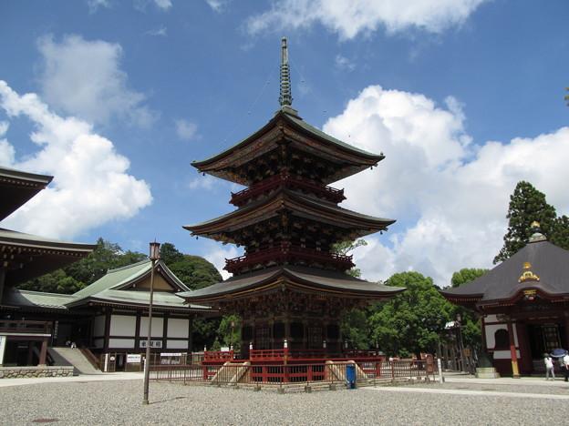 成田山 三重塔