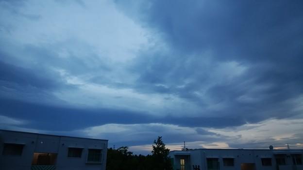 風雲急を告げる
