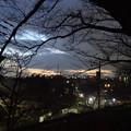 写真: 街の夕暮れ