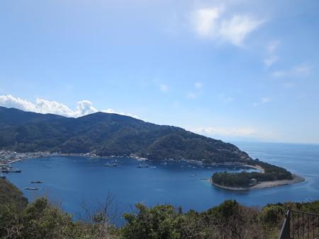 御浜岬と戸田の入り江