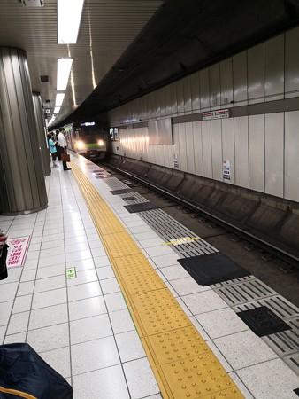 朝っぱらから都営新宿線