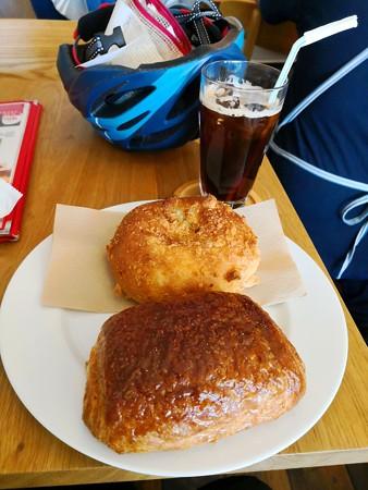 パンオショコラとカレーパン