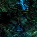 時雨どきの小滝