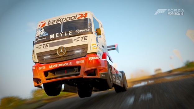 2015 Mercedes-Benz Racing Truck