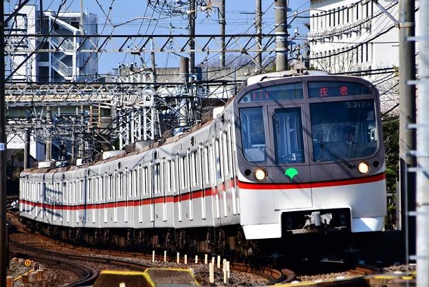 京成線をゆく都営地下鉄