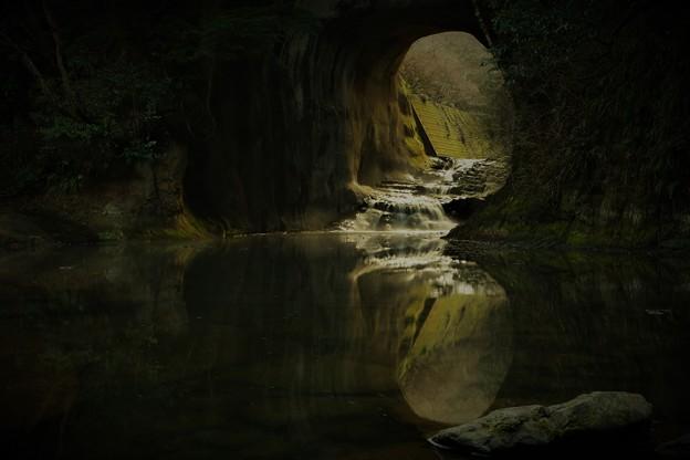 亀岩の洞窟 (1)