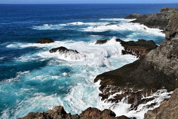 紺碧の海へ