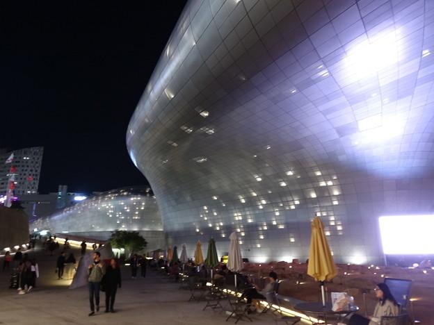 東大門デザインプラザ8