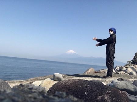 写真: 富士山とあかねーさん      富士山とあかねーさん