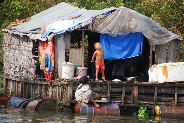 012カンボジア-2 楽しい我が家