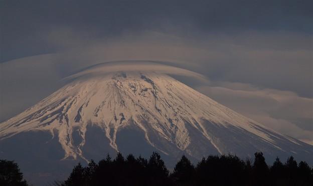 富士とレンズ雲
