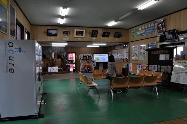 男鹿駅現駅舎紹介 01