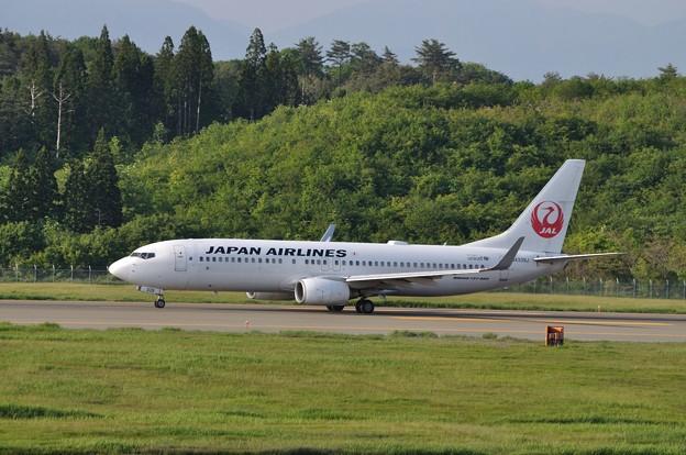 フォト蔵0529秋田空港JAL 03